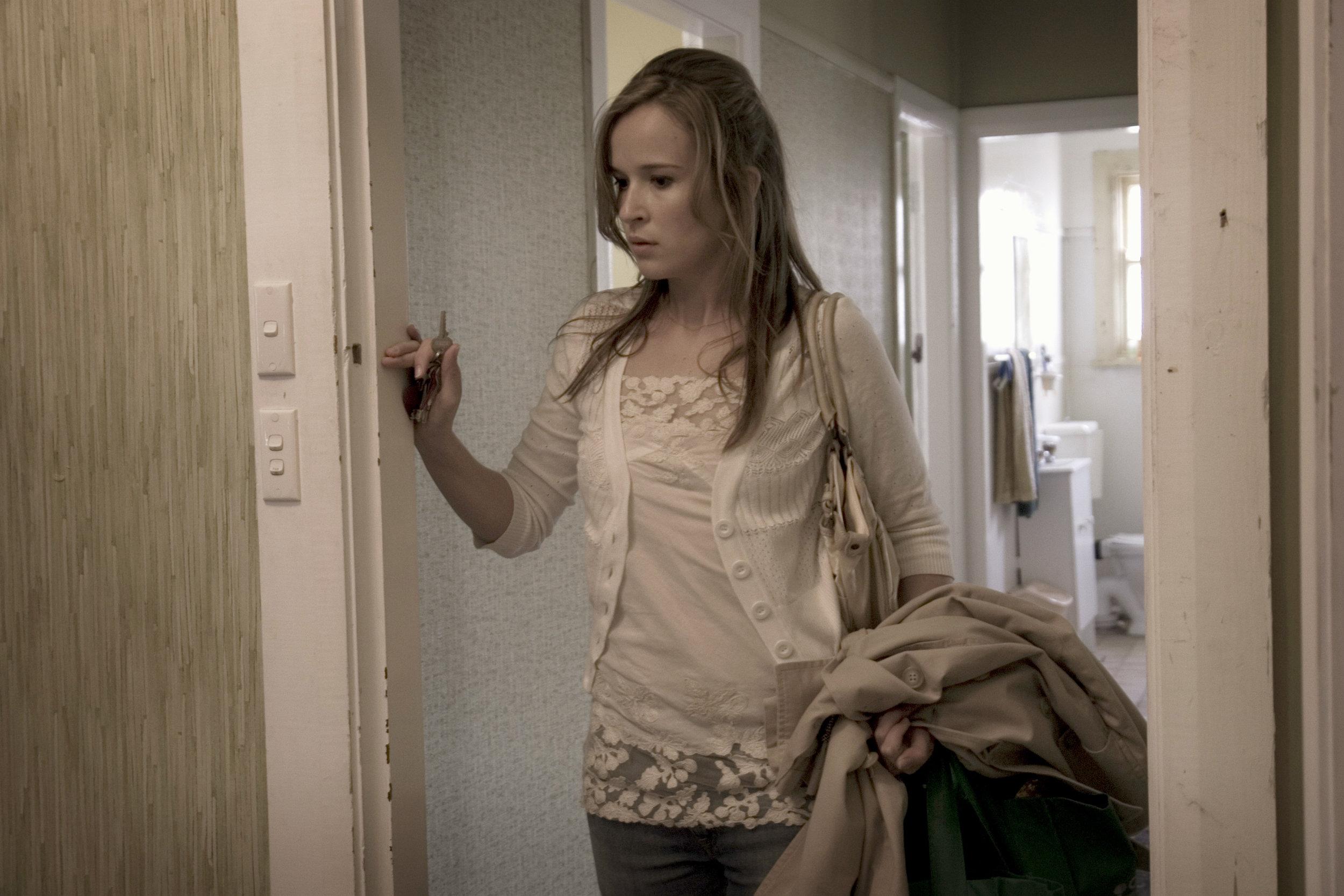 43. The Square - Claire van der Boom (Carla)-(p)MatthewNettheim.jpg