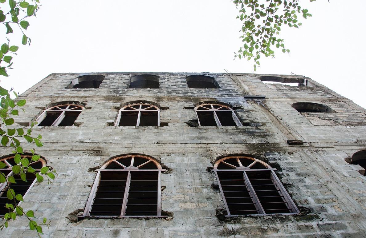 A famous slaver's former residence in Zanzibar (via smallthingsinbignumbers.com)