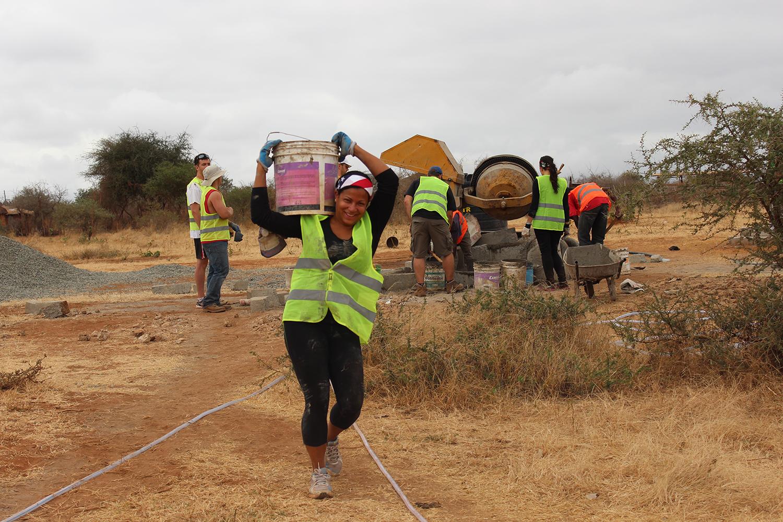 Volunteer-Africa46.JPG