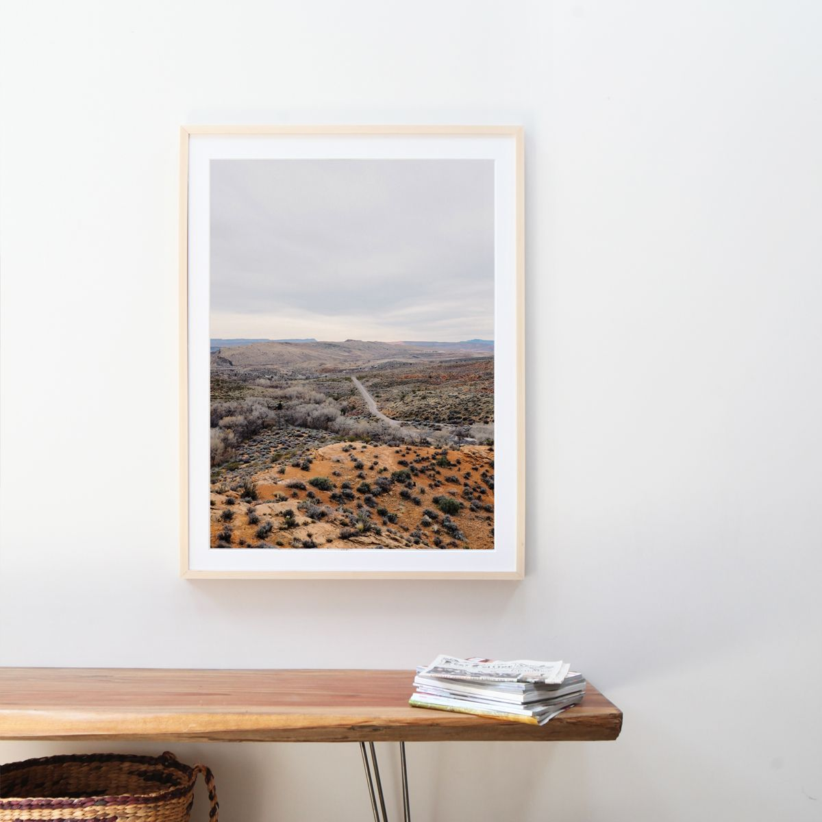 gallery-frame-main02-print-above-bench_2x.jpg