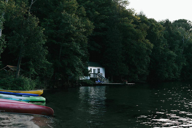 Toronto-Wedding-Photography-Muskoka-Wedding-Lakeside-Forest-Theme-Boho-Bride-intimate-elopement-photography-landscape-moody-dramatic-environment-cottage-country-lakeside.jpg