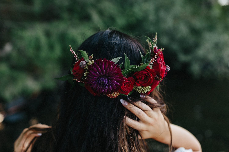 Toronto-Wedding-Photography-Muskoka-Wedding-Lakeside-Forest-Theme-Boho-Bride-Green-Wedding-Shoes-modern-Bridal-flower-crown-inspiration-bride-style.jpg