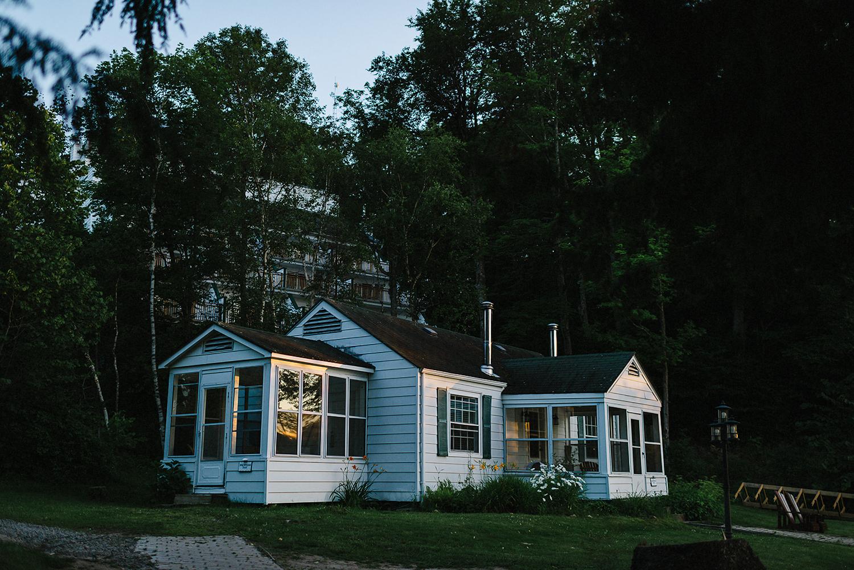Muskoka-Cottage-Wedding-Photography-Photographer_Photojournalistic-Documentary-Wedding-Photography_Lakeside-Ceremony-Sunset-Light-on-Cabin-window.jpg