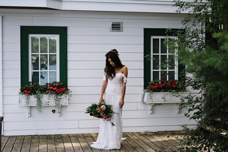 Muskoka-Cottage-Wedding-Photography-Photographer_Photojournalistic-Documentary-Wedding-Photography_Lakeside-Wedding-Romantic-Bridal-Portrait-Toronto-Bride.jpg