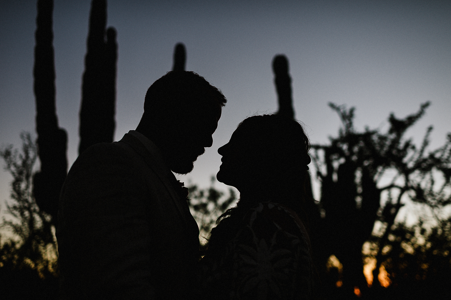 destination-wedding-cabo-san-lucas-ventanas-private-residence-alternative-toronto-wedding-photographer-documentary-photojournalistic-portraits-bride-and-groom-portraits-intimate-real-moments-timeless-romantic-images-moody-silhouette.jpg