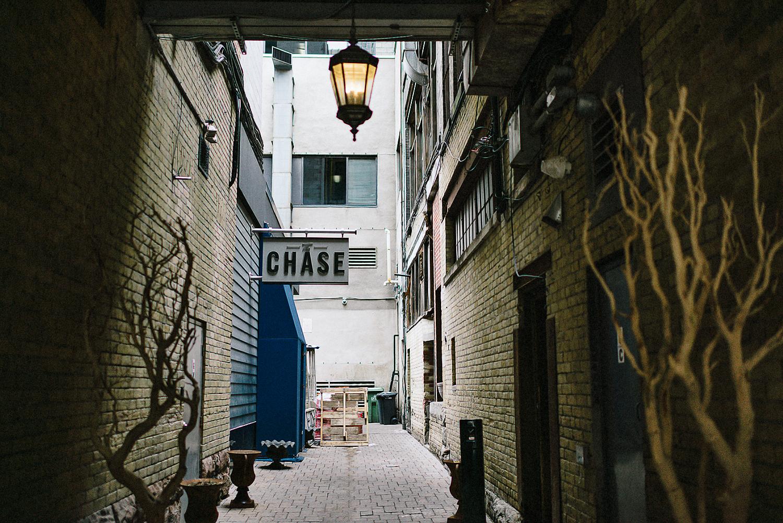 Best-Wedding-Photographers-Toronto_-Urban-City-Wedding-Photography-Downtown-Toronto-Photographer_Vintage-Bride-and-Groom-Details_The-Chase-Wedding-Venue_Candid-Photojournalistic-Documentary-Reception-Restaurent-Venue-Alleyway.jpg