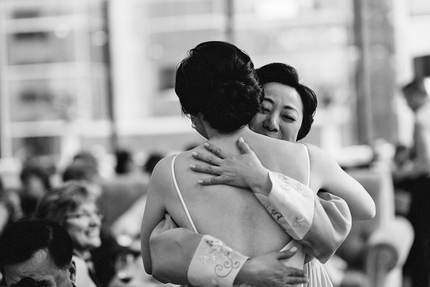 Best-Wedding-Photographers-Toronto_-Urban-City-Wedding-Photography-Downtown-Toronto-Photographer_Vintage-Bride-and-Groom-Details_The-Chase-Wedding-Venue_Candid-Photojournalistic-Documentary-Reception-Bride-Mother-Crying.jpg