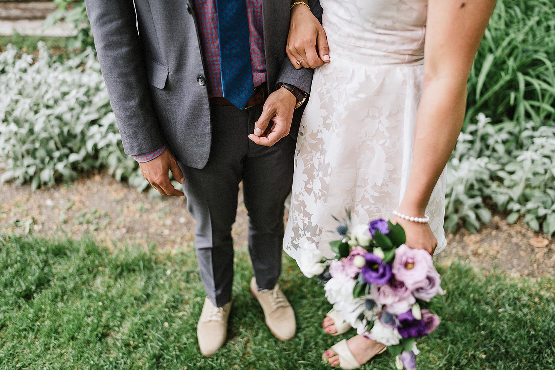Best-documentary-wedding-photographers-Toronto-Mango-Studios-3B-photography-Junebug-Weddings-Bride-and-Groom-Flower-Bouquet-Detail-inspiration.jpg