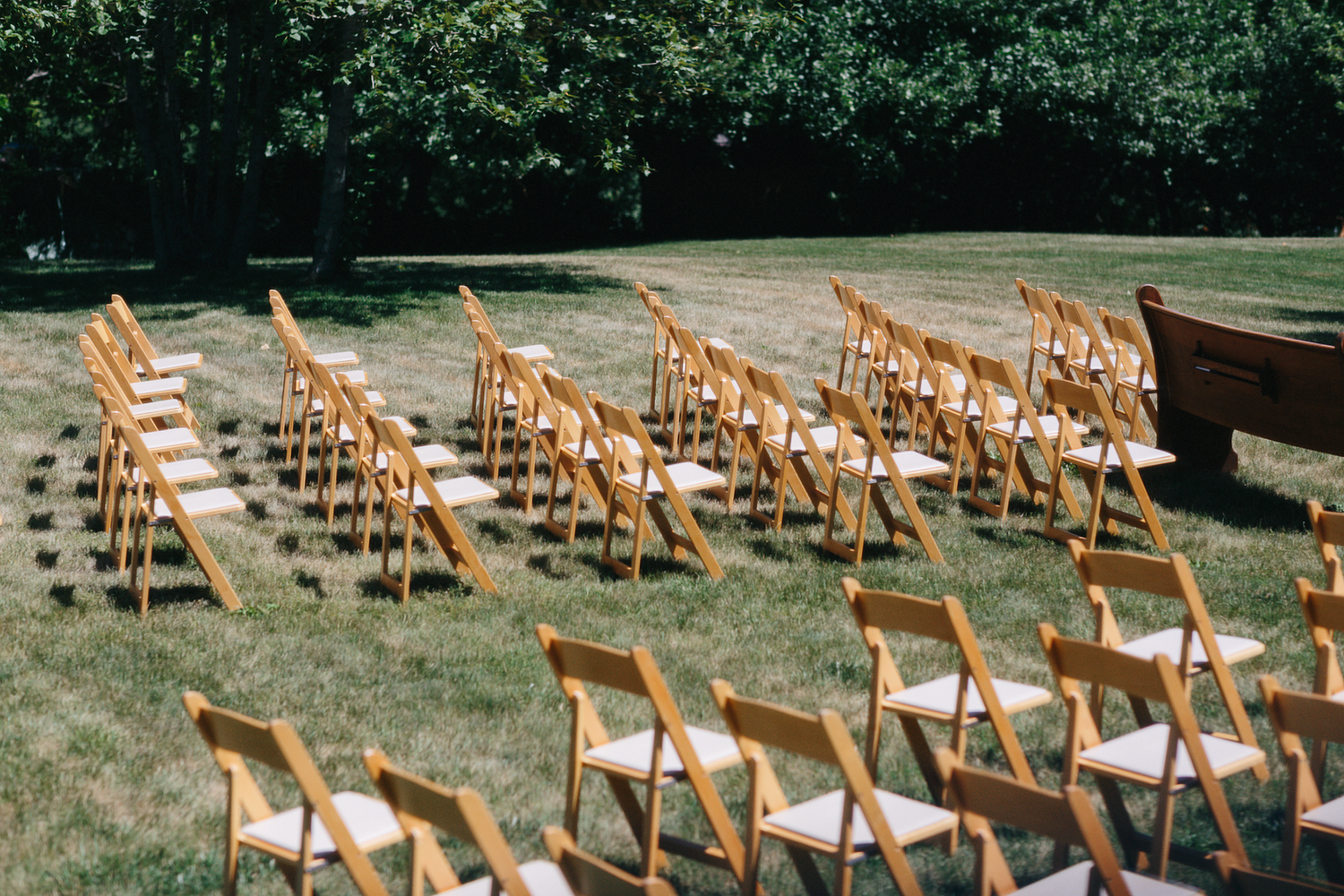 Best-Documentary-photojournalistic-wedding-photographers-Toronto-Ontario-Canada-Rural-Country-House-Backyard-Wedding-Vintage-childhood-home-willow-tree-bench-from-old-church-pew.jpg