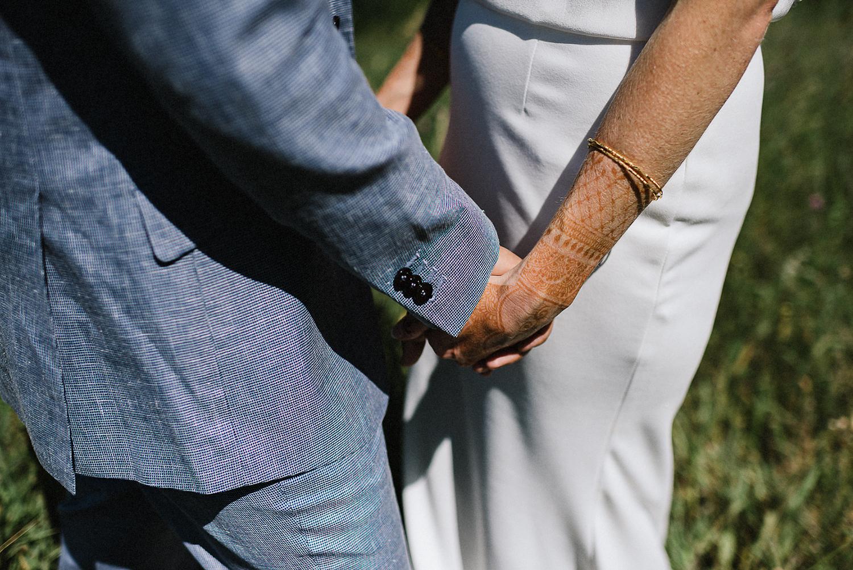 DIY-Countryhouse-Wedding-Vintage-Bride-and-Groom-Outdoor-Summer-Wedding-Reception-Beneath-a-Willow-Tree-Analog-Film-Kodak-TriX-Candid-Documentary-Photojournalistic-Wedding-Photography-Candid-Groomsmen-Portrait-Analog-Film-Hand-Detail.jpg