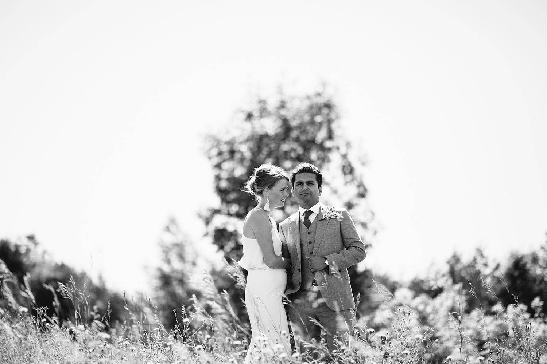Unique-Wedding-Cake-Ideas-Toronto-Vintage-Bride-Outdoor-Forest-Wedding-Venue-High-Park-Downtown-Toronto_Candid-Editorial-Documentary-Wedding-Photographers-Black-and-White-Film.jpg