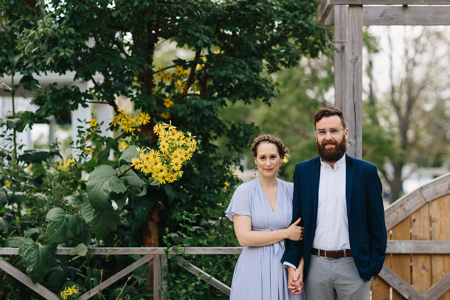Toronto-Island-Wedding-Toronto-Best-Film-Wedding-Photographers-3b-photography-analog-photography-wards-island-clubhouse-junebug-weddings-vintage-venue-reception-cocktail-hour-candid-guests-mingling-portrait.jpg