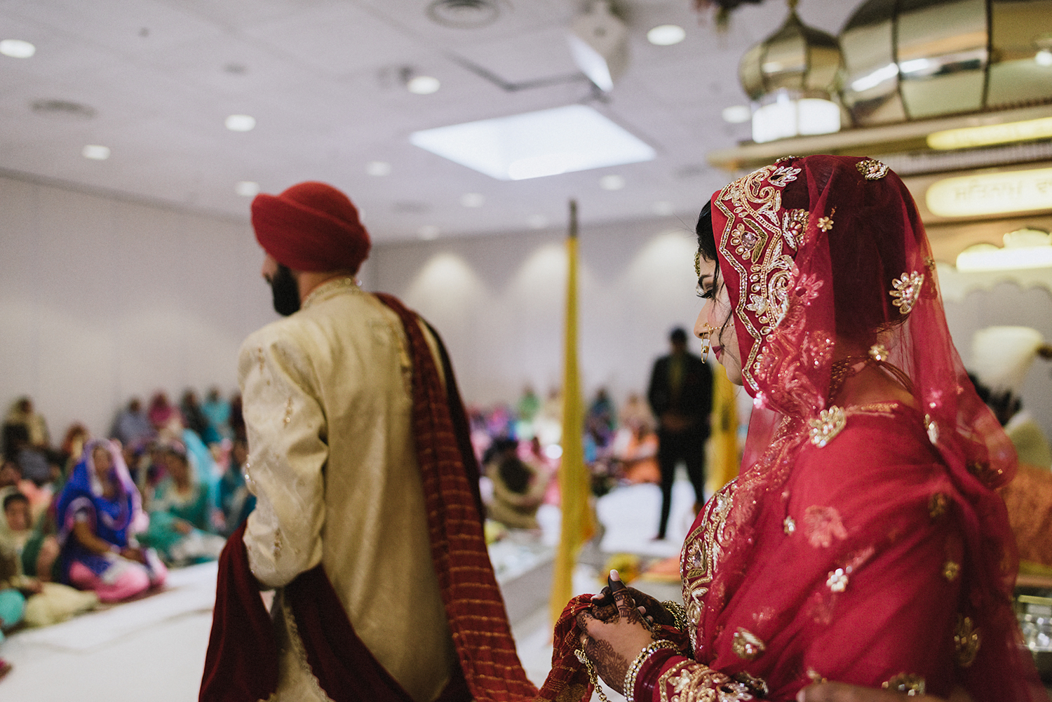 Toronto-Photojournalism-wedding-photographers-3B-Photography-Candid-Documentary-Film-Photography-Analog-Ontario-Hamilton-Port-Perry-Venue-temple-ceremony-sikh-tradition-bride-and-groom.jpg