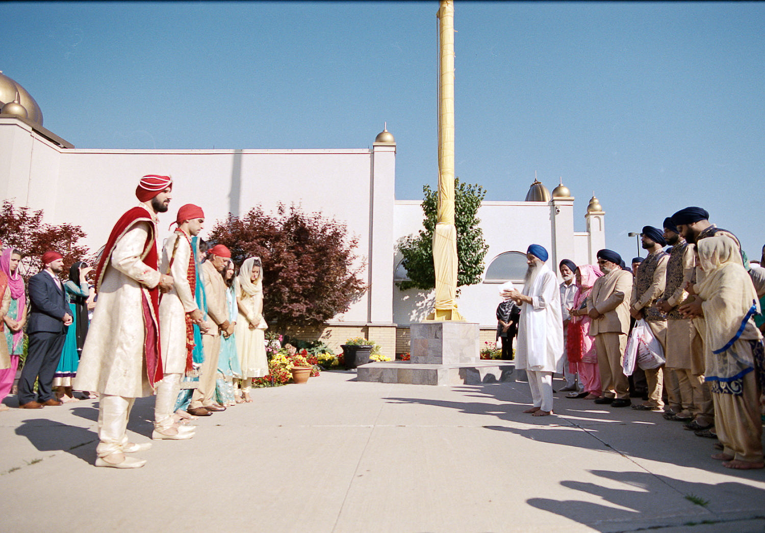 Best-Analog-Film-Wedding-Photographers-in-Toronto-3B-Photography-Brian-B-Bettencourt-Leica-M4P-Kodak-Film-Portra-400-BRide-getting-ready-sunrise-light-on-traditional-indian-Sikh-Wedding-Ceremony-Family-.jpg