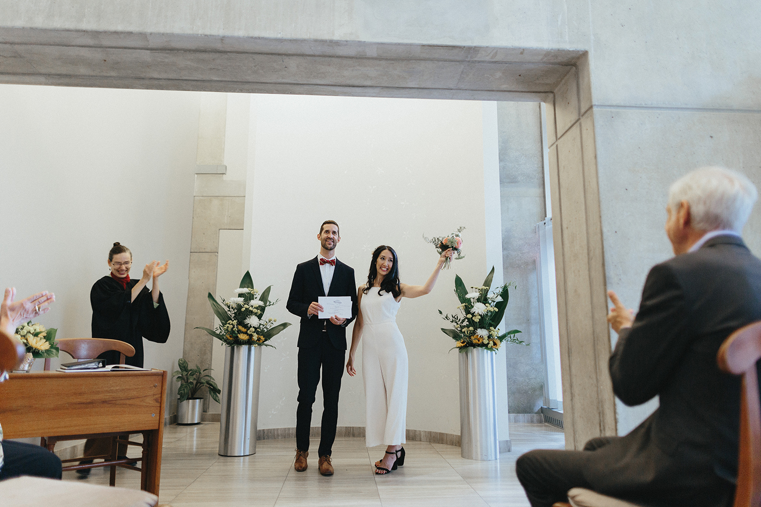 48-535-bBest-City-Hall-Elopement-Photography-Toronto-Ontario-Canada-Urban-Summer-Wedding-Vintage-Bride-and-Groom-Candid-Genuine-Moments-Documentary-Photojournalistic-Style-First-Kiss.jpg