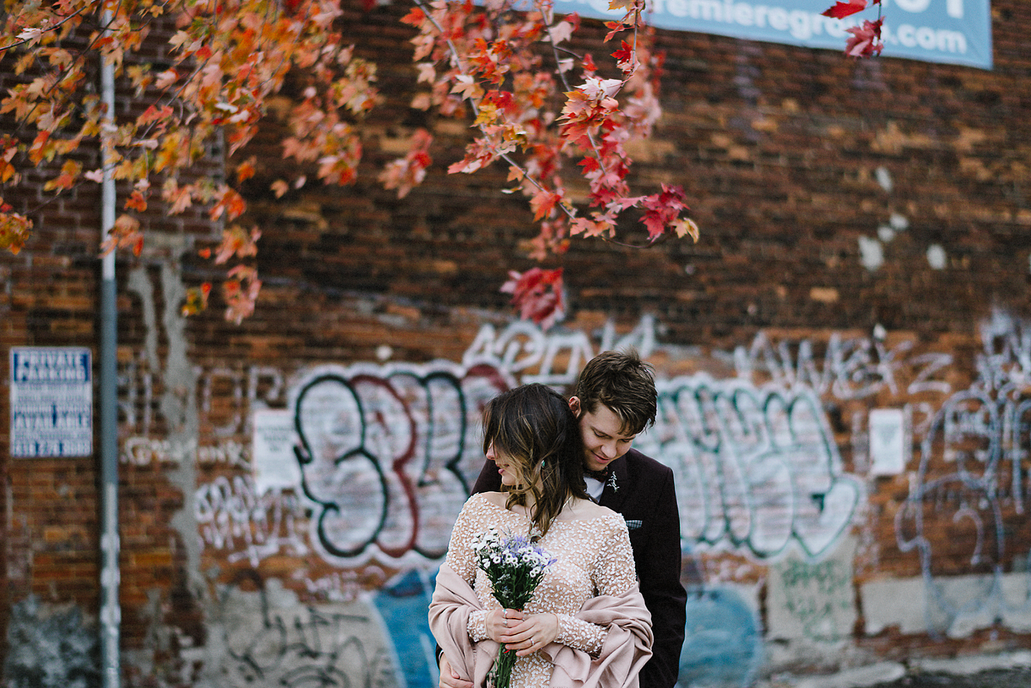 14-Toronto-City-Hall-Fall-Elopement-Indie-Altervatice-Urban-City-Bride-and-Groom_Fall-Colours-Riverdale-Downtown-Toronto-Best-Wedding-Photographers-Graffiti-Wall-Portrait.JPG