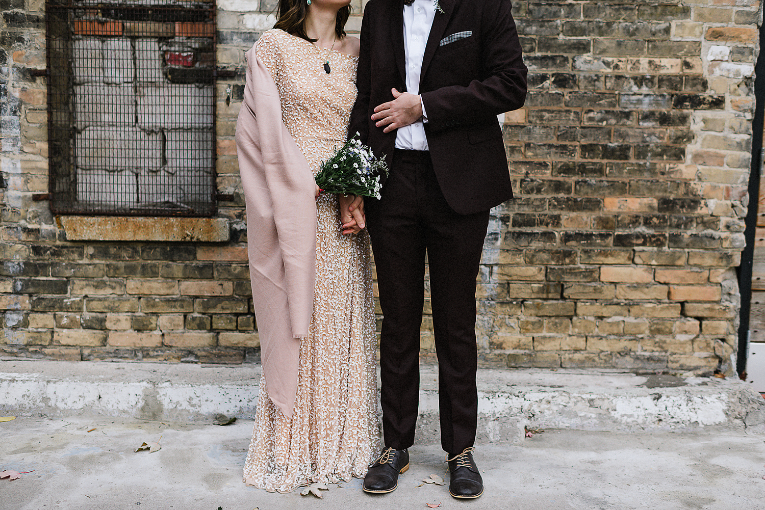 18-Toronto-City-Hall-Fall-Elopement-Indie-Altervatice-Urban-City-Bride-and-Groom_Fall-Colours-Riverdale-Downtown-Toronto-Best-Wedding-Photographers-Urban-Wall-Bridal-Details.JPG