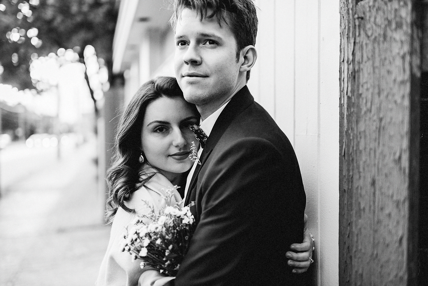 30-Best-Elopement-Photographers-Toronto-Fall-Wedding-Elopement-Modern-Vintage-Hipster-Bride-and-Groom-Sunset-Hug.JPG