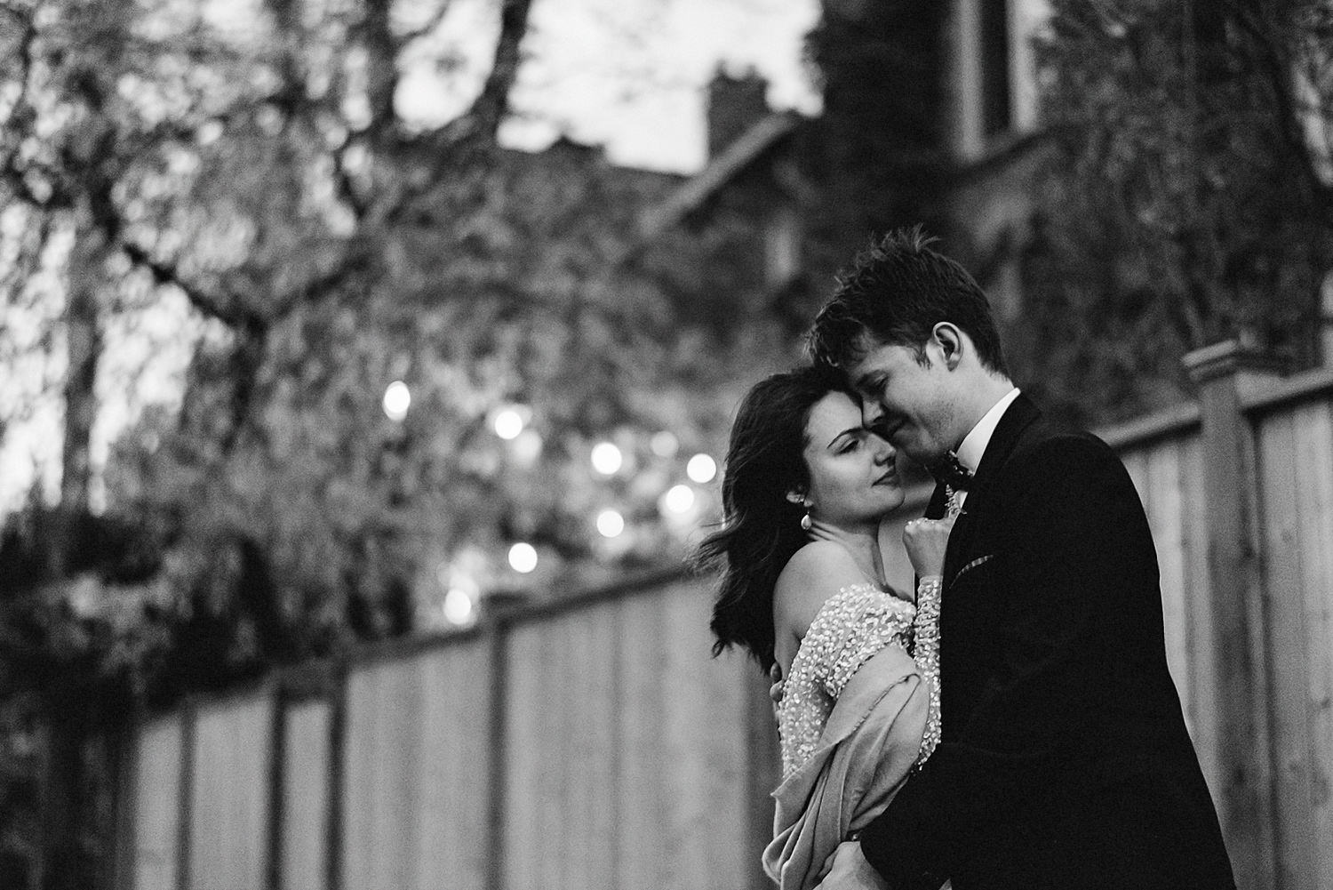 44-Best-Elopement-Photographers-Toronto-Fall-Wedding-Elopement-Modern-Vintage-Hipster-Beautiful-Sunset-Fall-Colours-black-and-white.JPG
