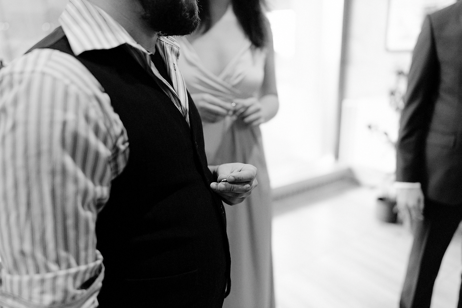 15-Intimate-Small-Toronto-City-Hall-Wedding-Osgoode-Hall-Candid-Documentary-Toronto-Wedding-Photographer-19.jpg