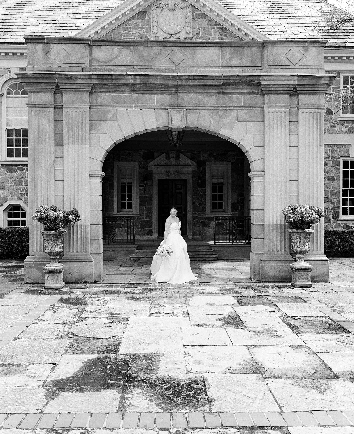 Graydon-Hall-wedding-TOronto-Kodak-trix400-Mamiya-7-Jenn-Mark-Graydon-HallWedding-on-film-analog-TRIX-KODAK-portrait-of-Bride.jpg