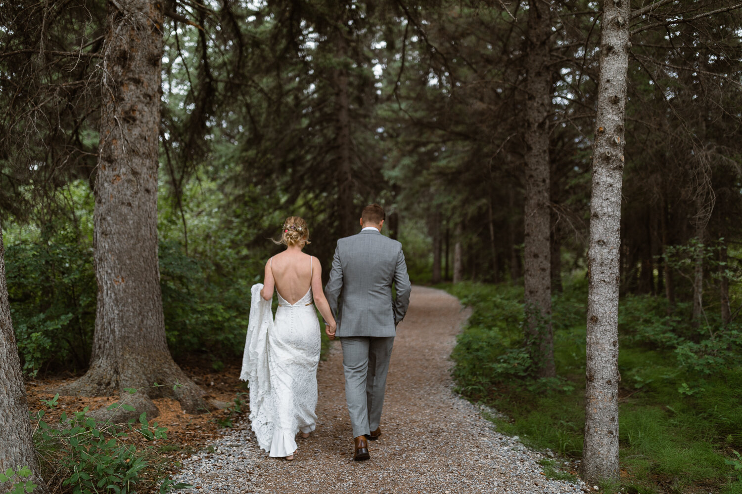 43-Canmore-Alberta-Real-Wedding-Best-Wedding-Photographers-55.JPG