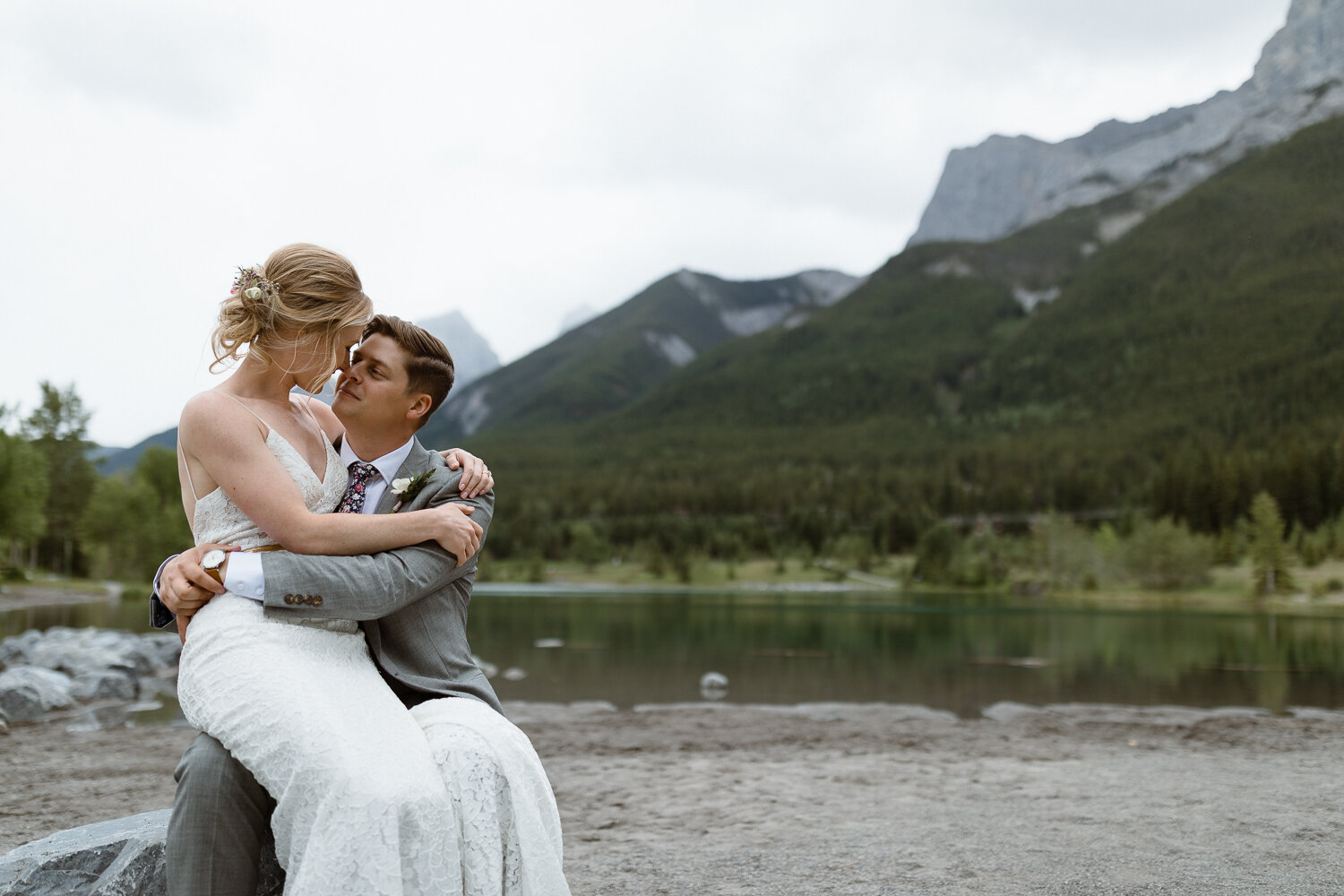 100-Canmore-Alberta-Real-Wedding-Best-Wedding-Photographers-164.JPG