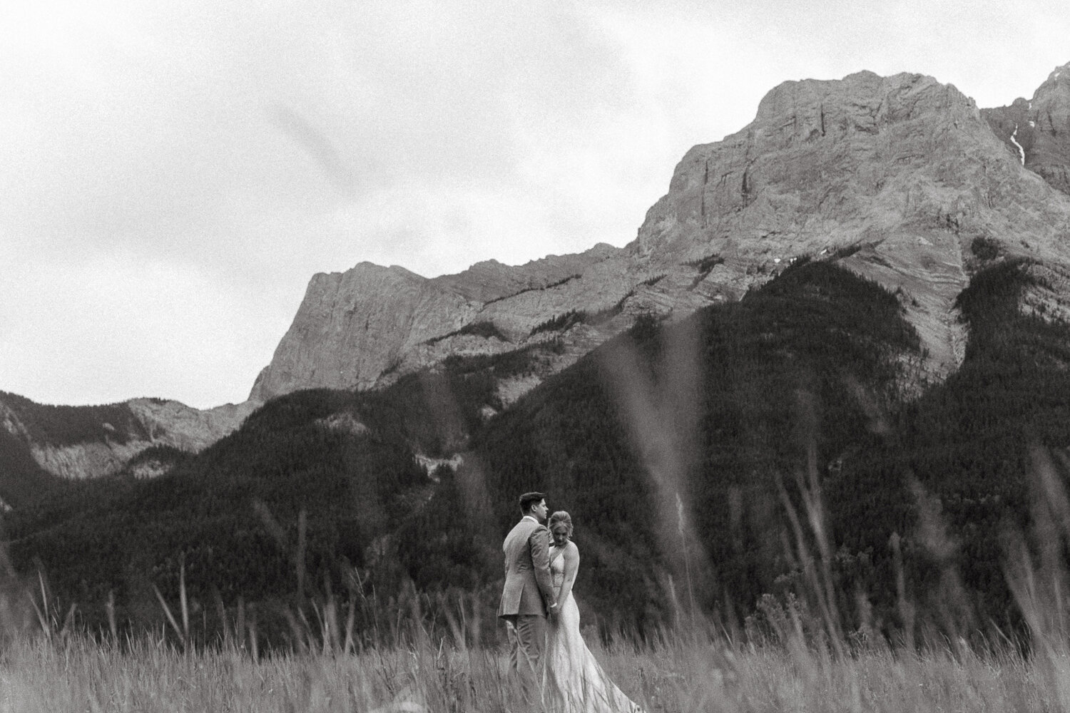 108-Canmore-Alberta-Real-Wedding-Best-Wedding-Photographers-182.JPG