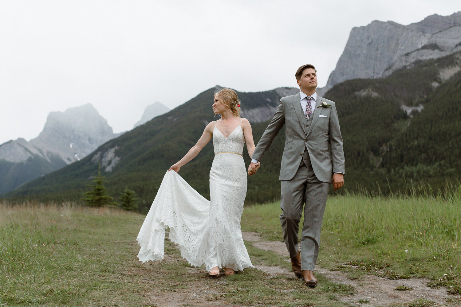 110-Canmore-Alberta-Real-Wedding-Best-Wedding-Photographers-189.JPG
