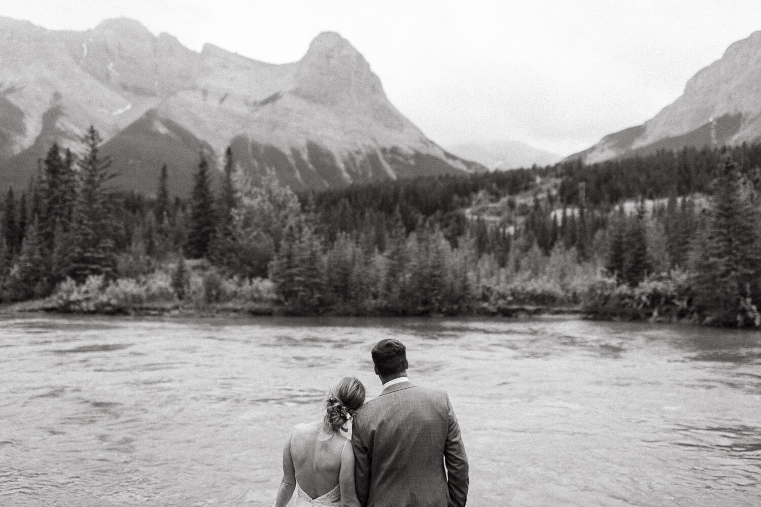 125-Canmore-Alberta-Real-Wedding-Best-Wedding-Photographers-225.JPG