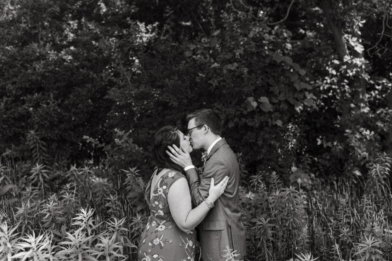 34-Algonquin-Island-Association-Wedding-Toronto-Island-AIA-Real-Wedding-Photos-46.JPG