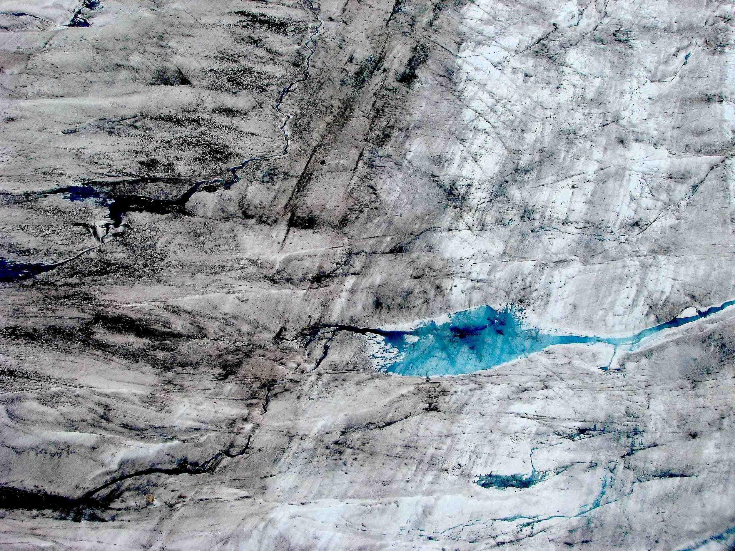 Patterson glacier, near Petersburg, Alaska, from the air. Photo: Laura Ivill