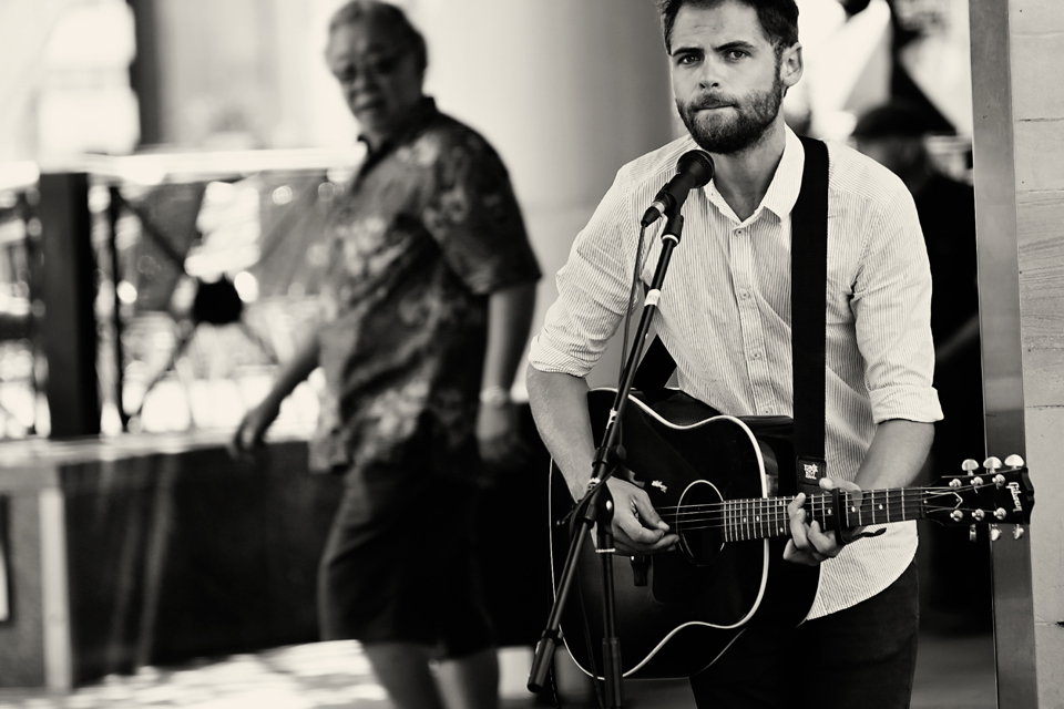 Passenger Busking Cathy Britton Photography.jpg