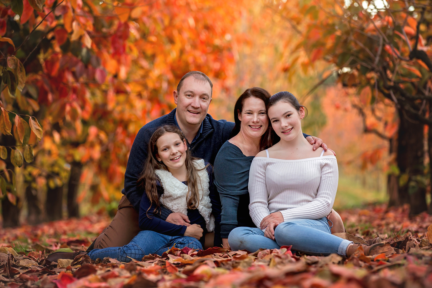 Family-Portraits-at-Raeburn-Orchards-with-Cathy-Britton-Photography.jpg
