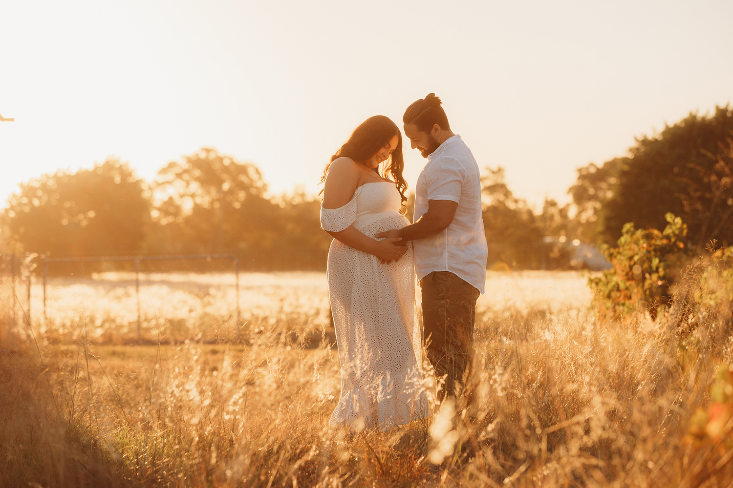 Maternity & Brand New Combined - 2 x SessionsIn-home or on Location Photoshoots (does not include Raeburn Orchards Sessions)50 Images from both your Maternity Shoot & Brand New SessionsKeepsake Memory Gift Box & USB (Prints Additional)$999