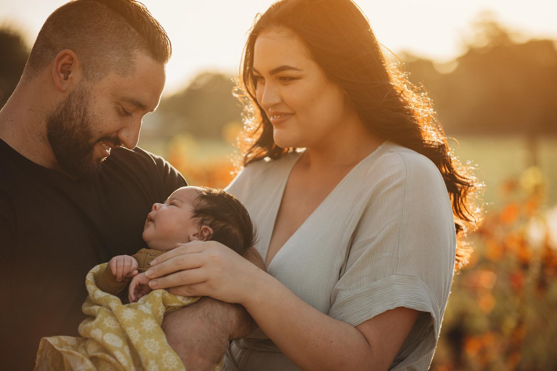 Perth-Newborn-Photographer-golden-light.jpg