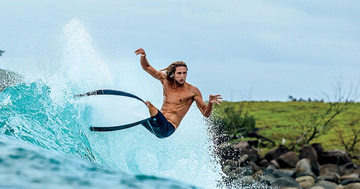wayne dean surfer - 1000×525