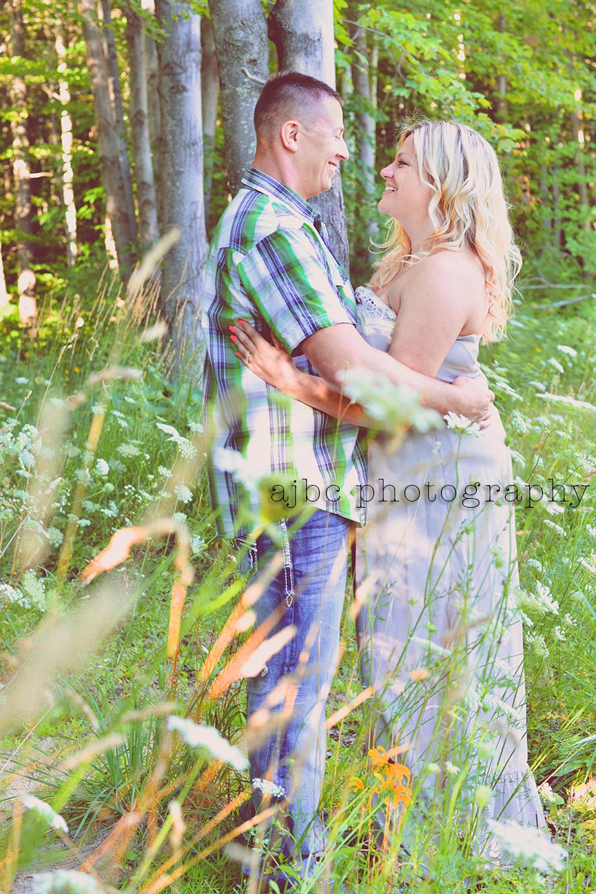 ajbcphotography_port huron_photographer_engagement_couples_love_outdoors_3