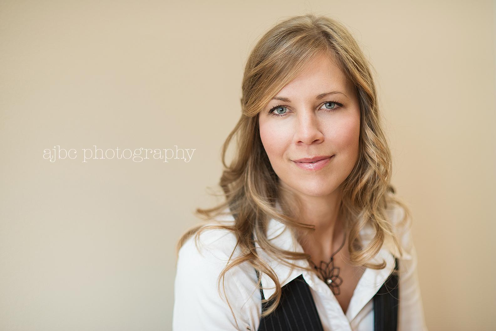 ajbcphotography-port-huron-michigan-health-coach-photgrapher-headshot-business