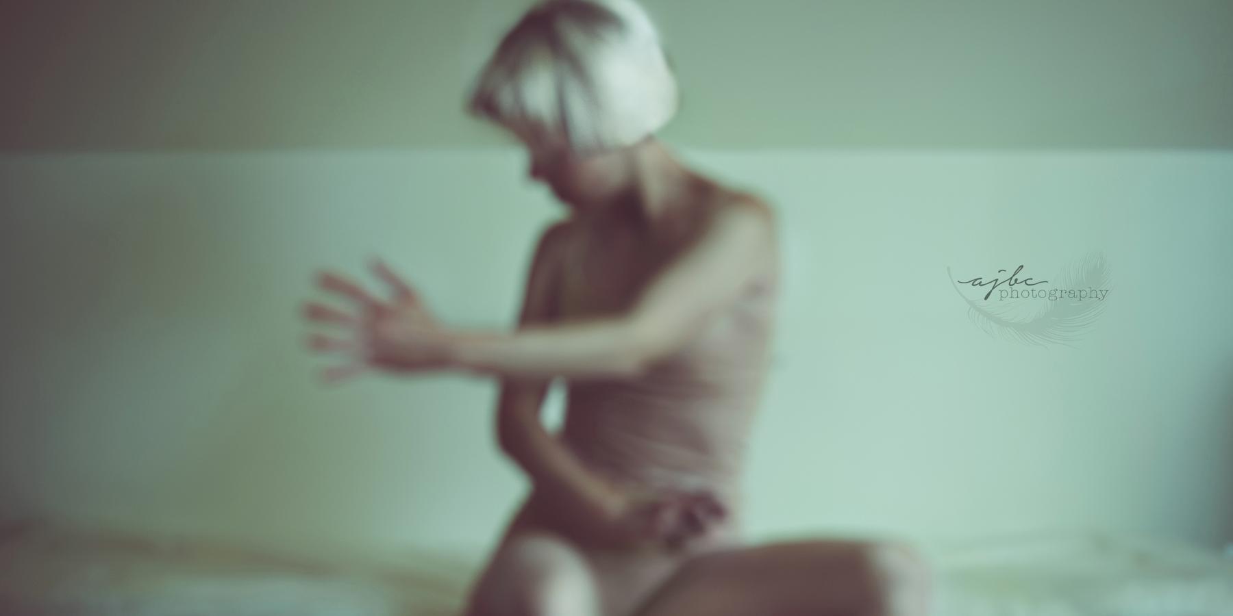 Sia Chandelier Art Saint Clair Photographer studio.png