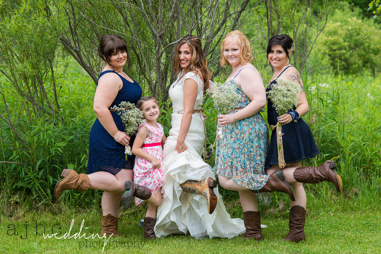 ajbcphotography-port-huron-michigan-wedding-photographer-outdoors-summer-wedding-country-wedding-wadhams-michigan-bride-vintage-wedding-bridesmaids.jpg