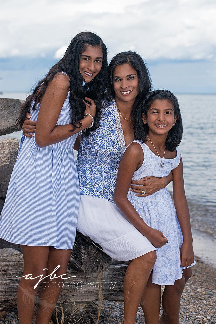 ajbcphotography-porthuron-michigan-photographer-family-photography-outdoors-family-photoshoot-beauty-nature-beach-family-shoot.jpg