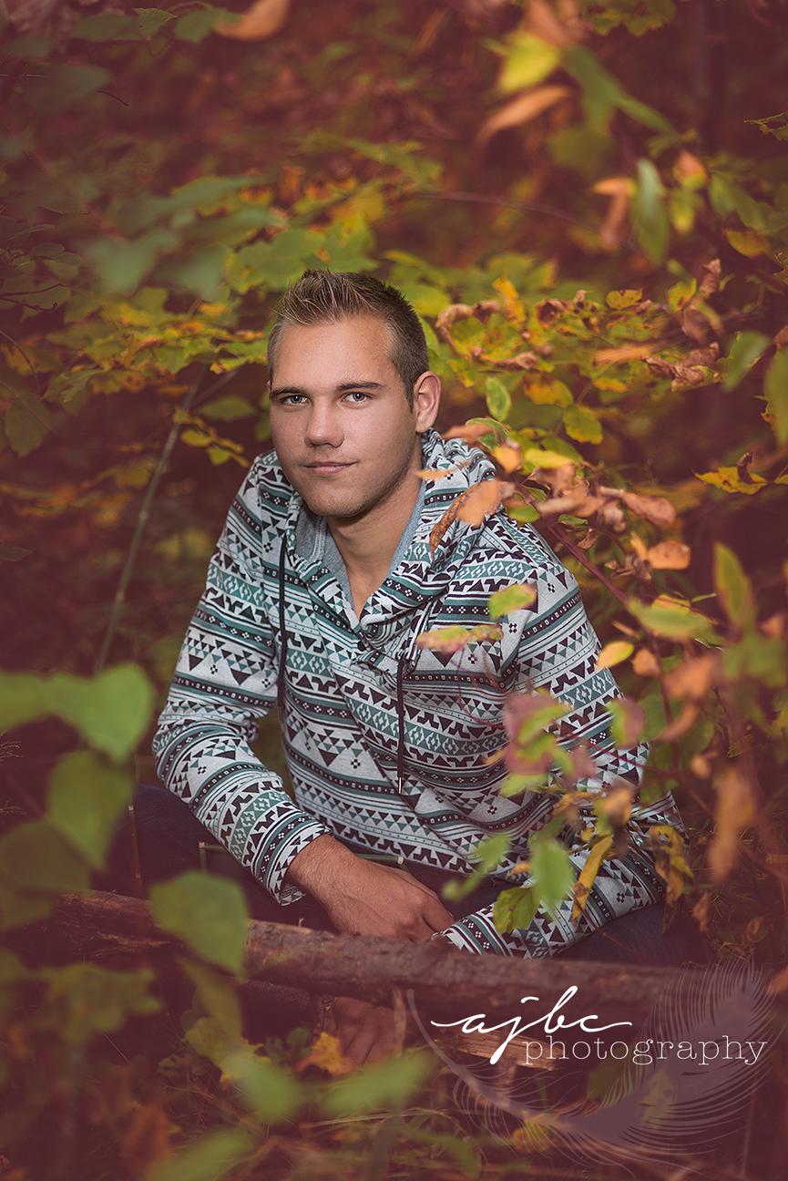 AJBC-Photography-michigan-outdoor-senior-boy-photographer.jpg
