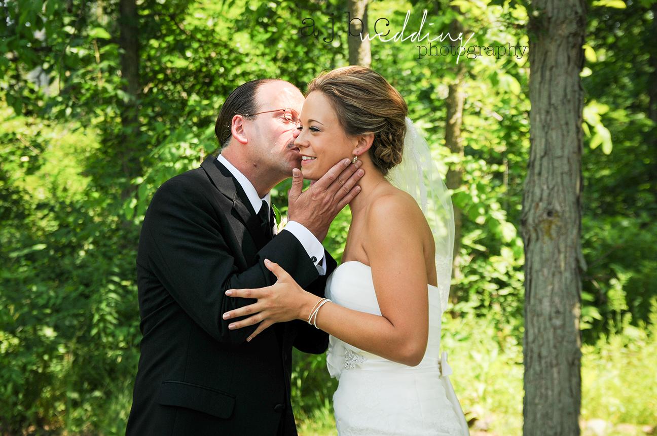 ajbc-photography-michigan-wedding-photographer-bride-father.jpg