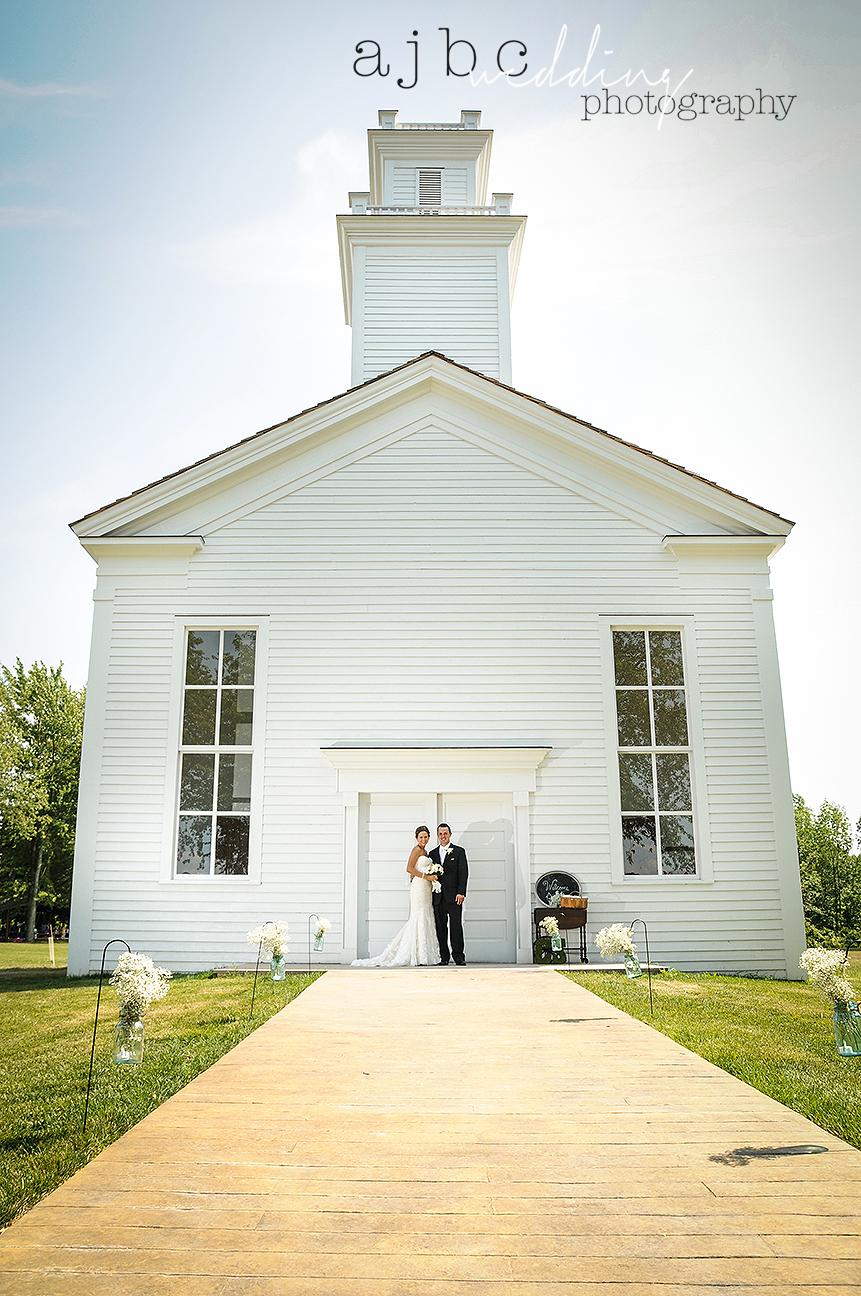 ajbc-photography-michigan-barn-wedding-photographer.jpg