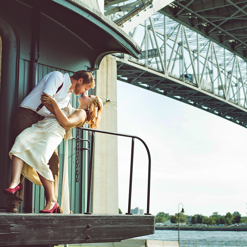 port-huron-michigan-engagement-photographer.jpg