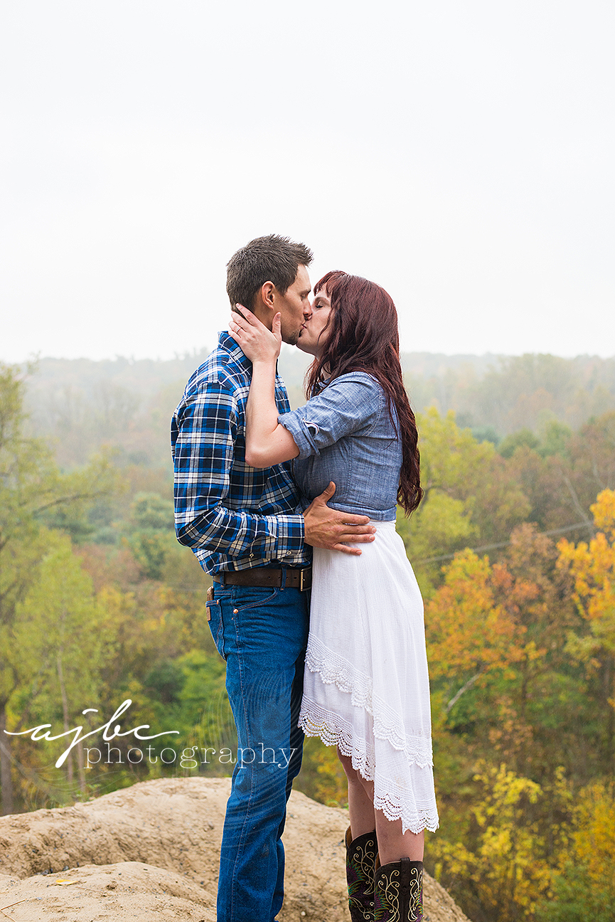 port-huron-michigan-suprise-engagement-photographer-4.jpg