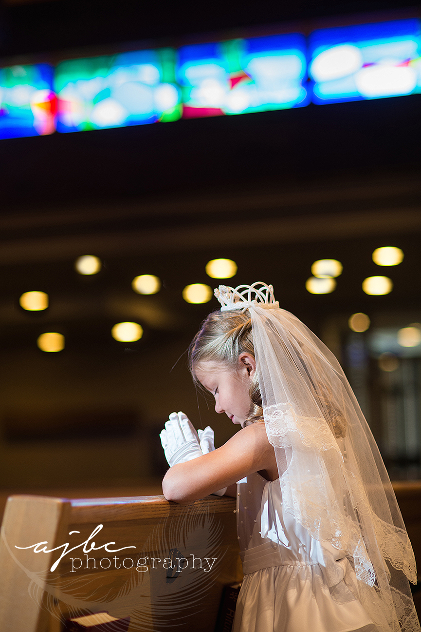 sisters first communion photos.jpg