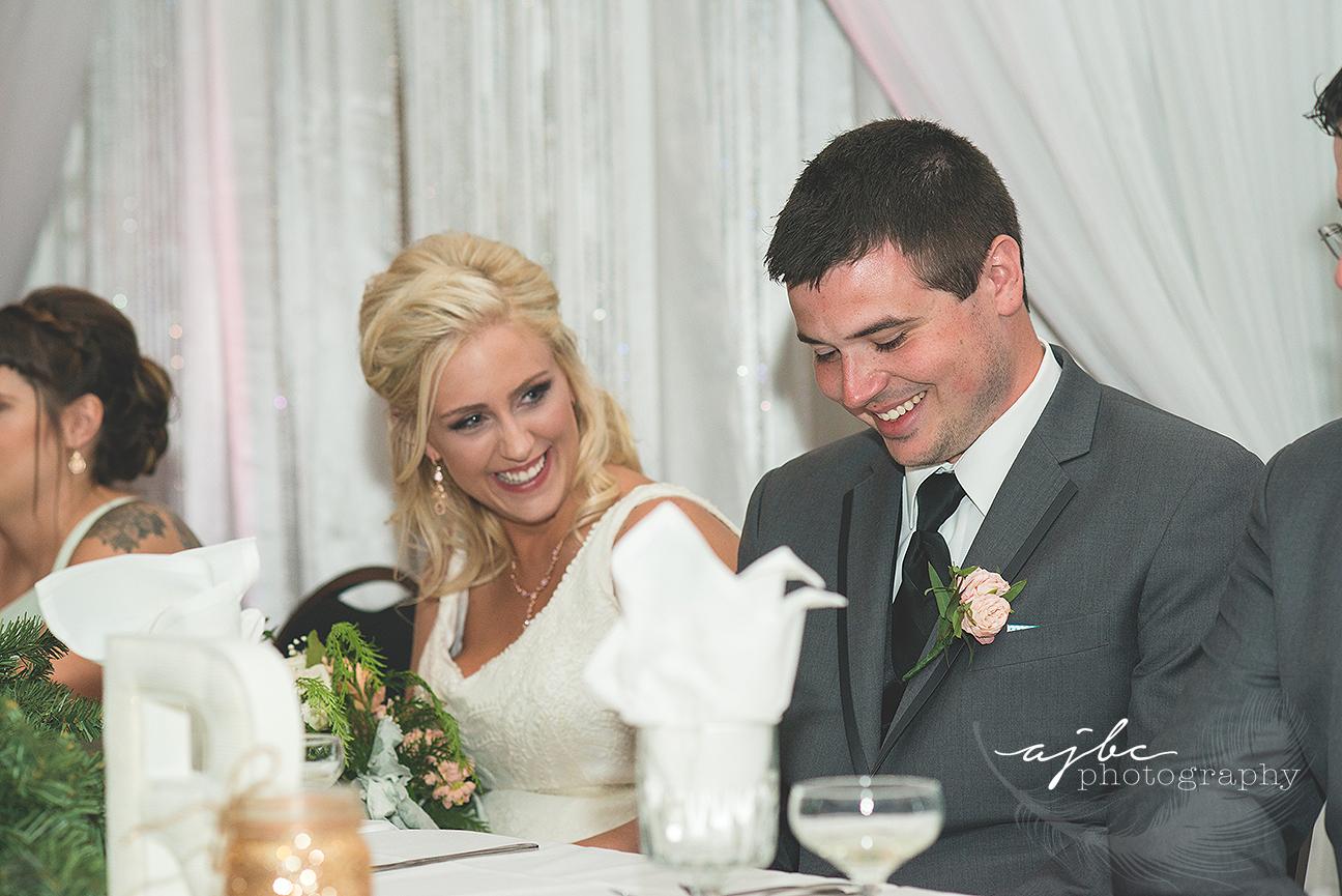 cute outdoor michigan wedding.jpg