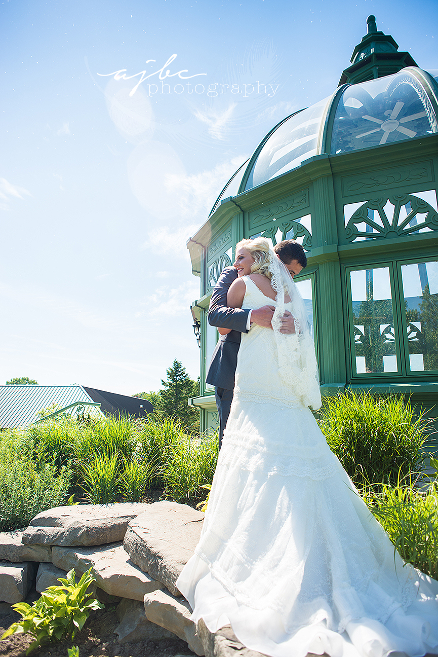 first look bride and groom photos michigan wedding.jpg